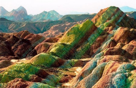 Акварельная живопись Бога - скалы Чжанъе Данксиа