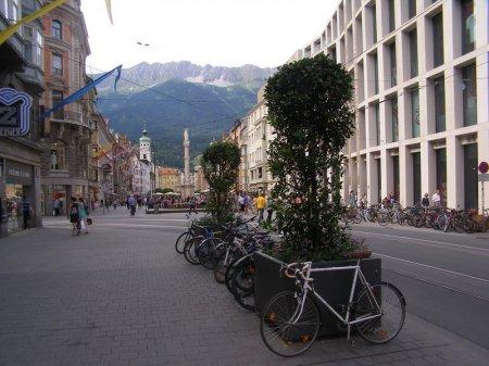 Чем особенна улица герцога Фридриха в Инсбруке?