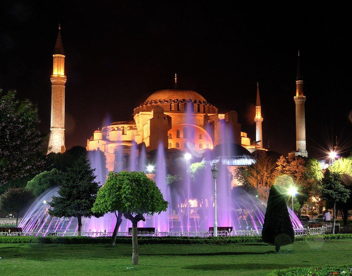Подземный дворец в Стамбуле