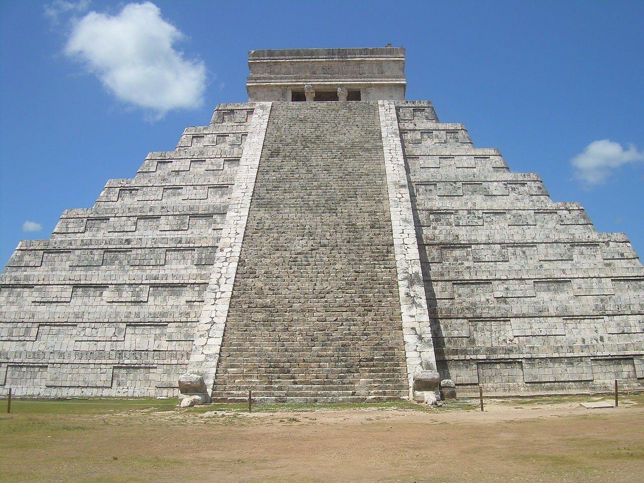 Чичен-Ица - Храм Кукулькана