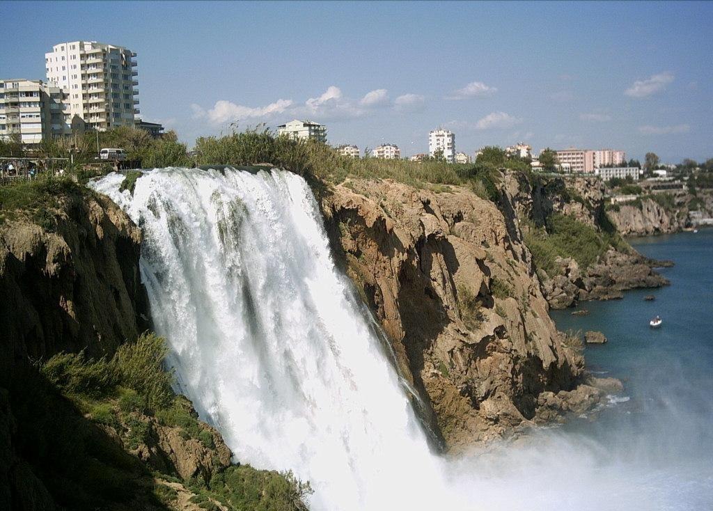 Анталия - жемчужина курортов Турции
