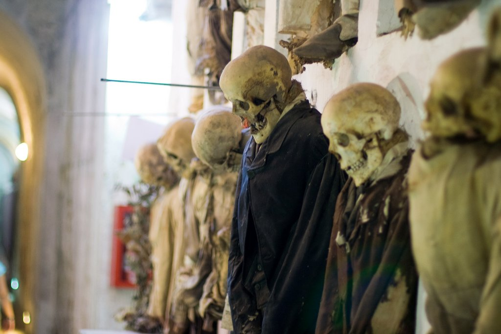 Катакомбы капуцинов в Италии — музей мертвецов