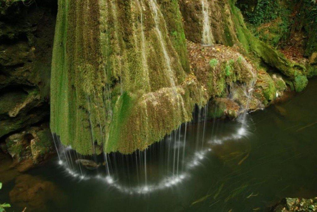 Румынский водопад Бигар