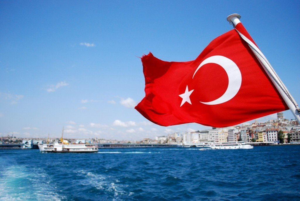 Туристов пустят в Турцию без загранпаспорта