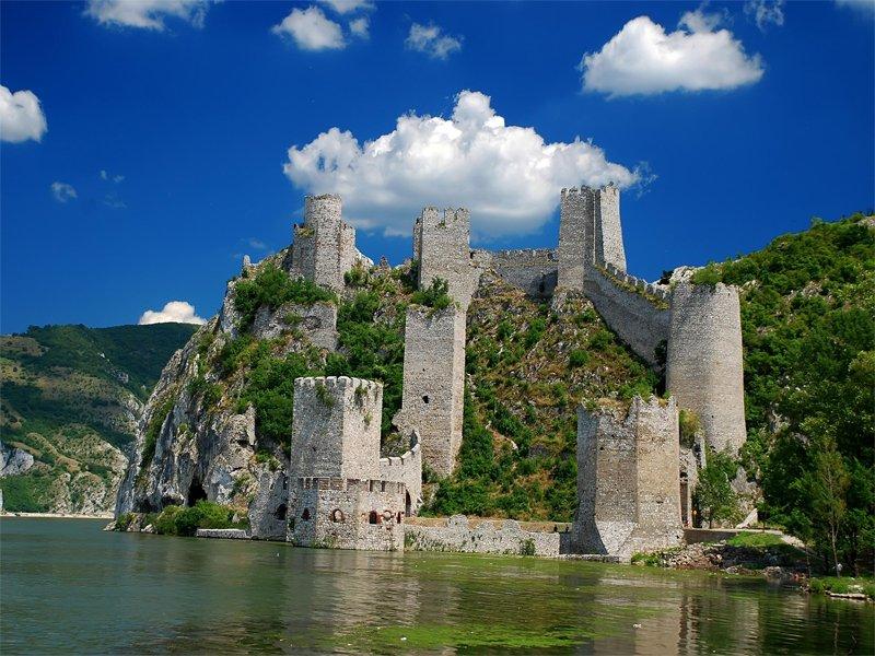 Пять причин поехать в отпуск в Сербию
