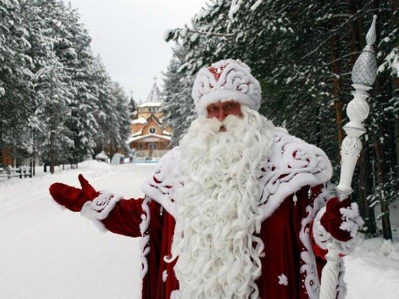 Где найти Деда Мороза: три основные резиденции планеты