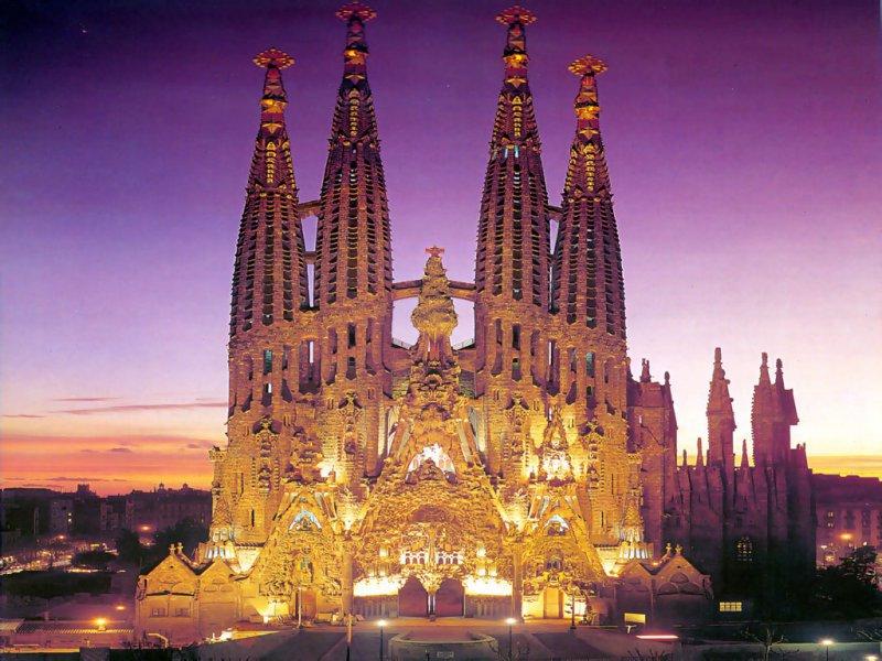 Саграда Фамилия – величественное достояние Испании