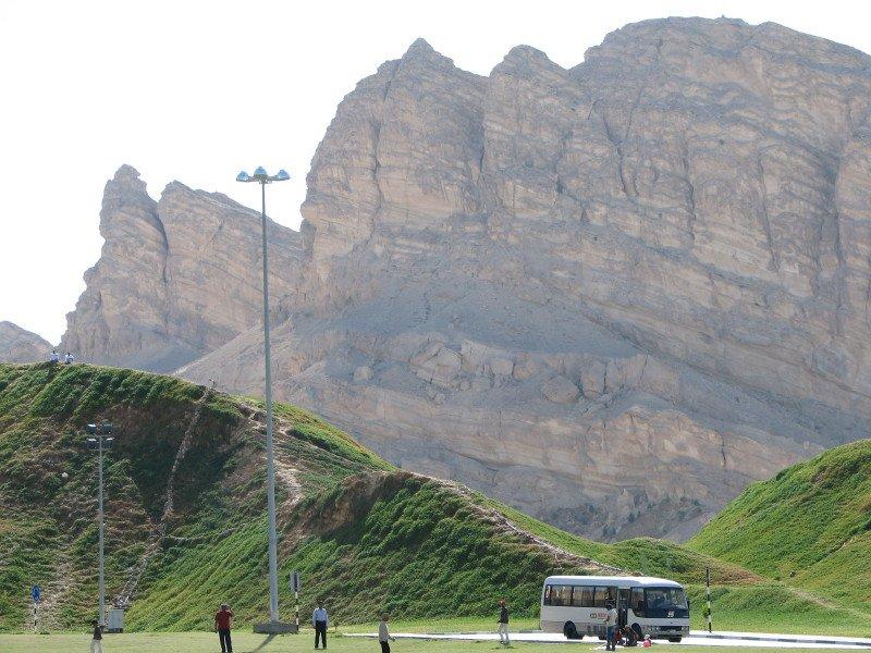 Уникальный природный памятник в ОАЭ – гора Джебель Хафит