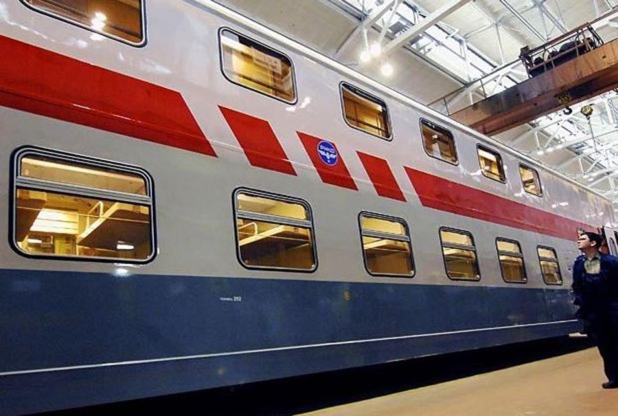 Из Санкт-Петербурга в Адлер курсирует поезд в два этажа