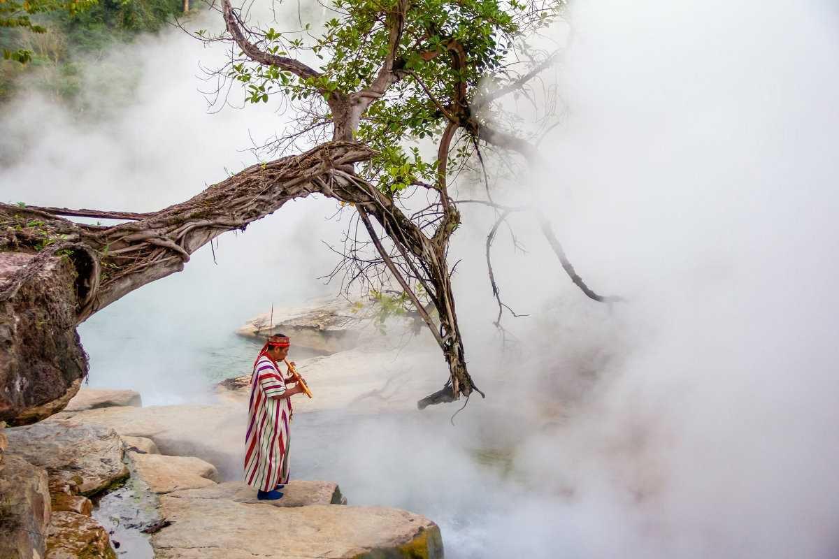 Перу: кипящие воды реки Маянтуяку