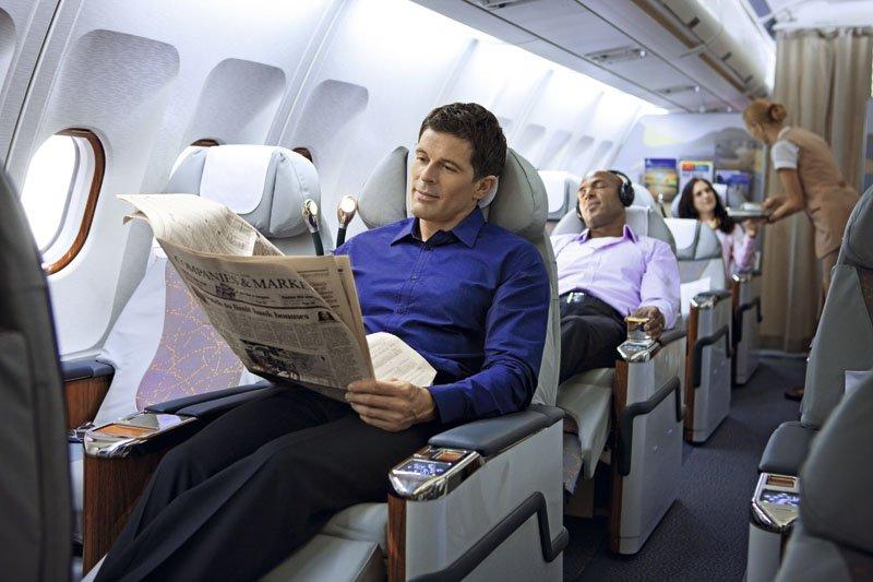 Чешские изобретатели придумали уникальную подушку‑куб для авиапутешествий