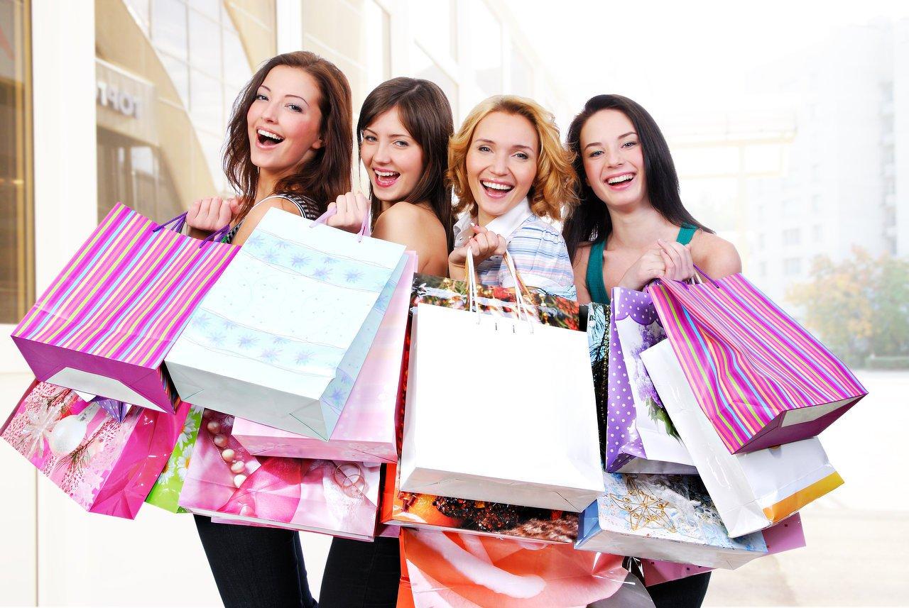 Магазины Греции гарантируют россиянам летние скидки 20%