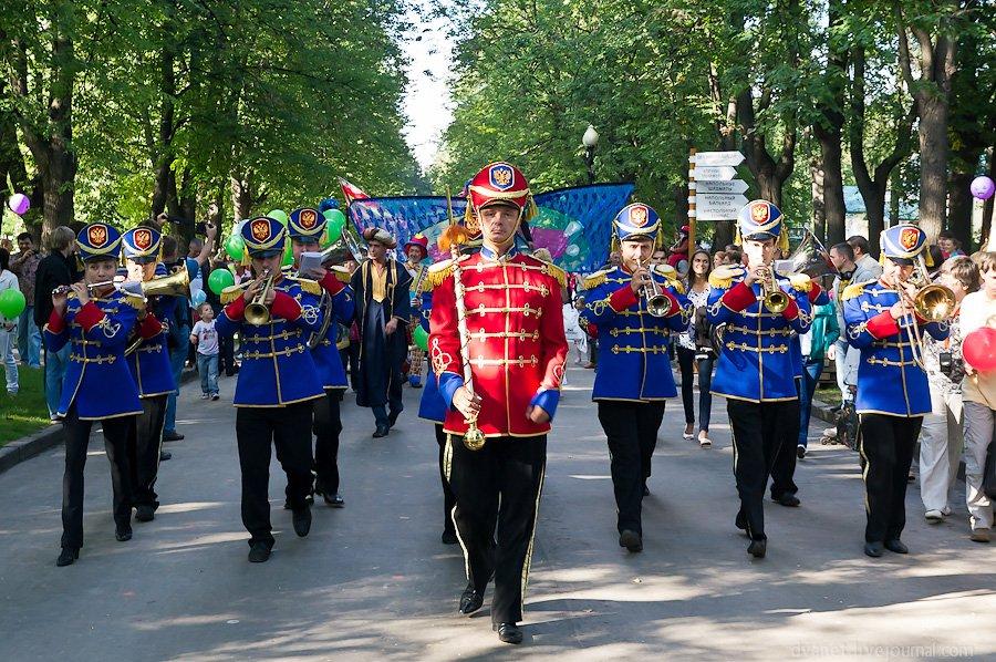 Утро в курортном Сочи будут начинать с «Парад-алле»