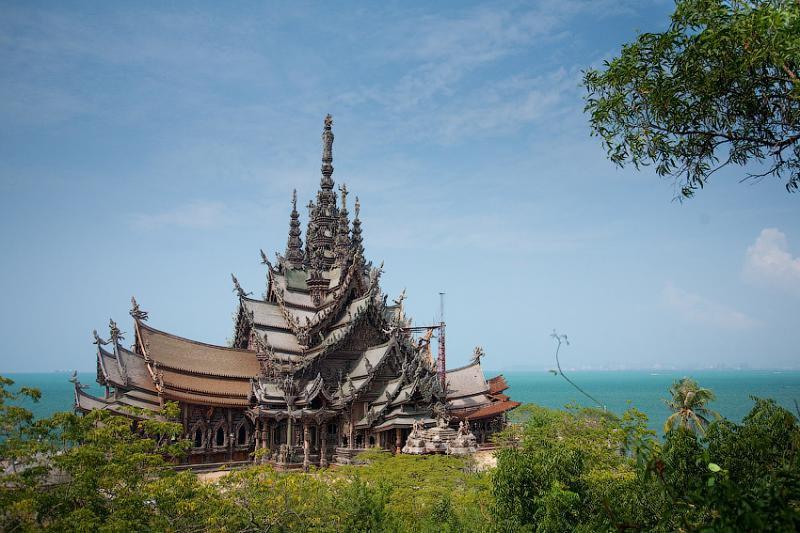 Уникальный и неповторимый Храм Истины