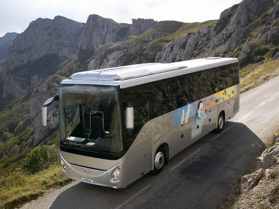 Спрос на туры по Европе автобусом стремительно падает