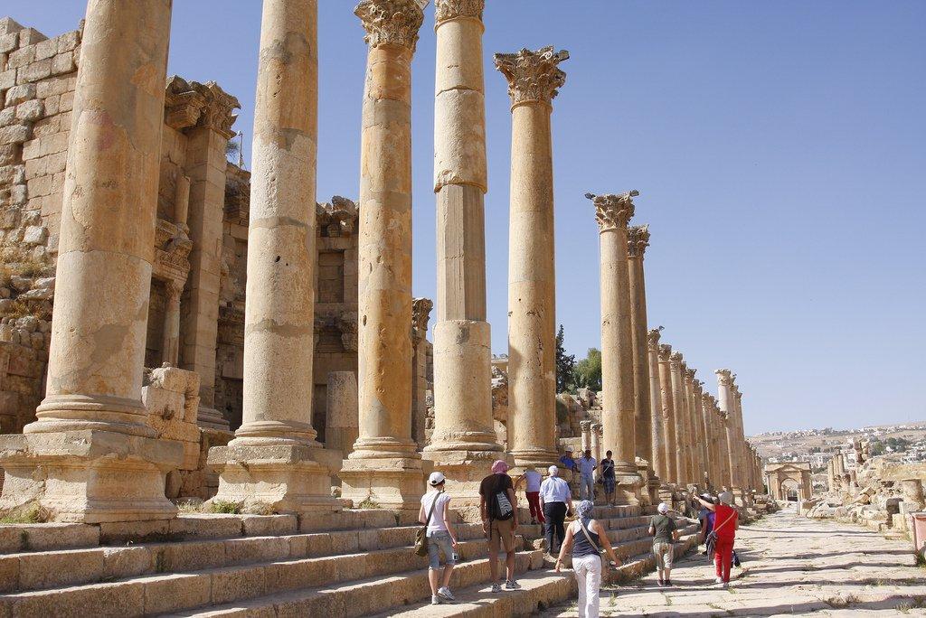 Совершил короткий тур в Иорданию – плати сбор!