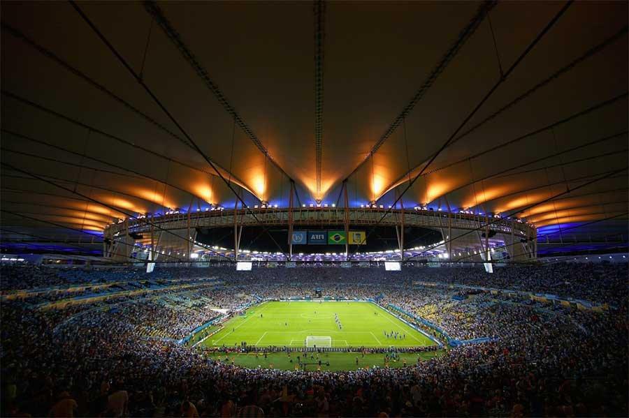 Стадион Маракана - храм «футбольной» религии Бразилии