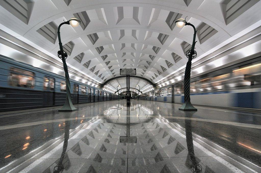 Робот-экскурсовод расскажет москвичам историю метро
