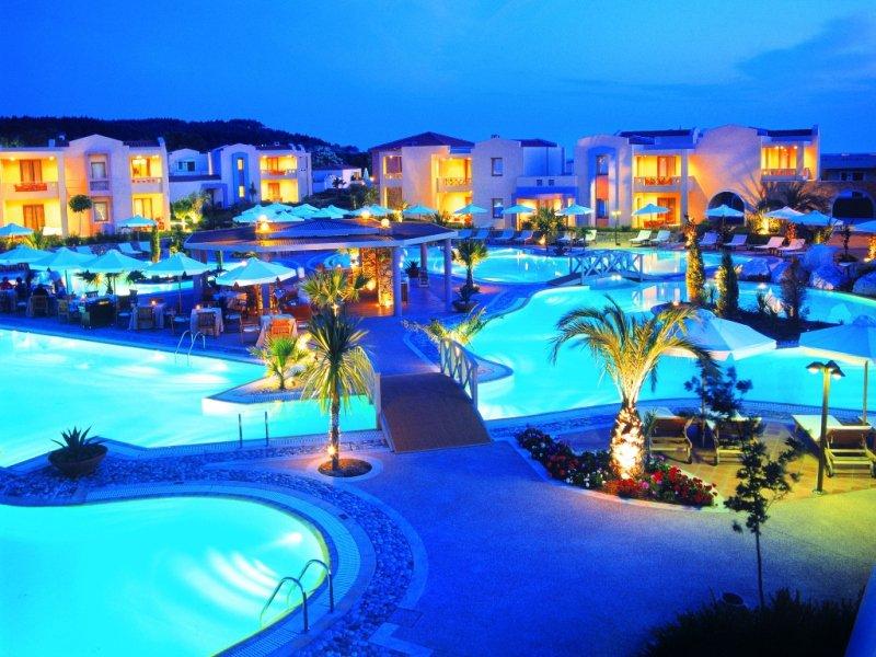 Sani Resort – роскошный курорт для изощренного отдыха в Греции