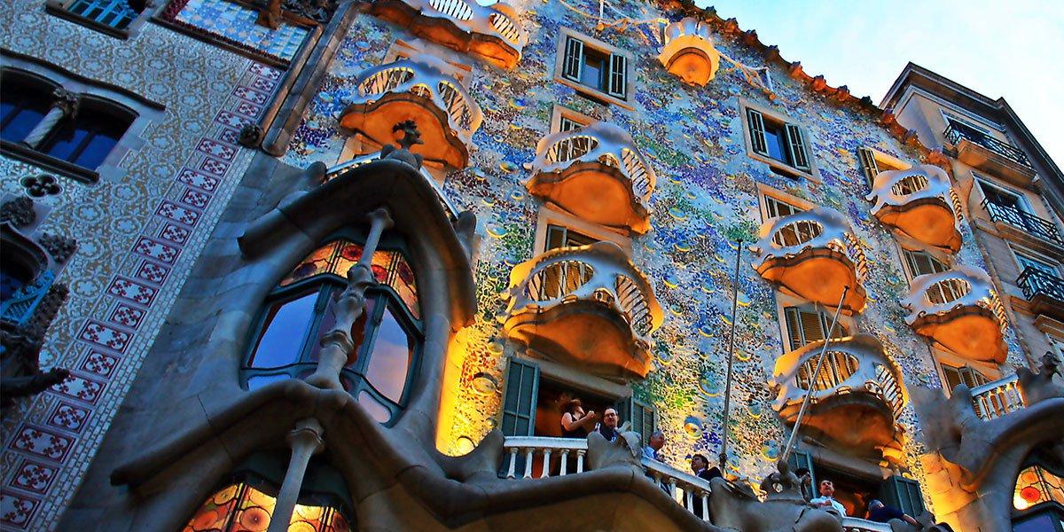 Пять барселонских шедевров Антонио Гауди